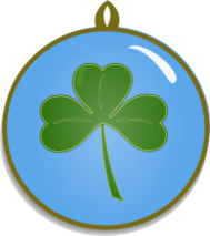 shamrock,st. patrick,charm,lucky,necklace,green,clover,three,leaf,round
