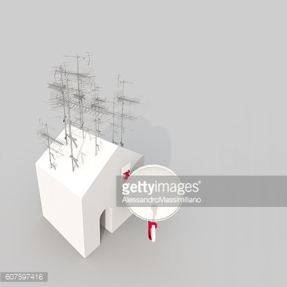 3d illustration rendering of white house with antennas