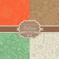 4 seamless vector patterns. Shabby chic. Floral patterns (seamle
